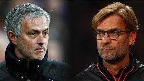 Cựu thủ quân Gary Neville khuyên BLĐ M.U giữ Mourinho