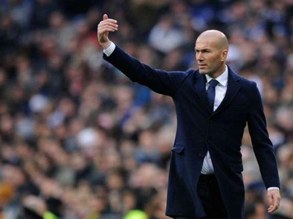 HLV Zidane phủ nhận tin đồn chiêu mộ thêm tiền đạo