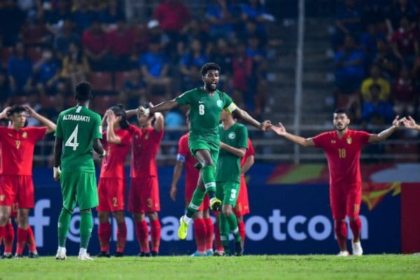 HLV Saudi Arabia nói sau trận thắng chủ nhà Thái Lan